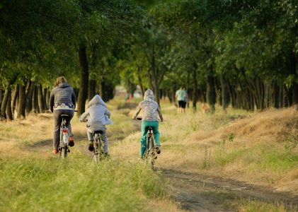 Détente en famille avec enfants : les meilleures idées pour un court séjour